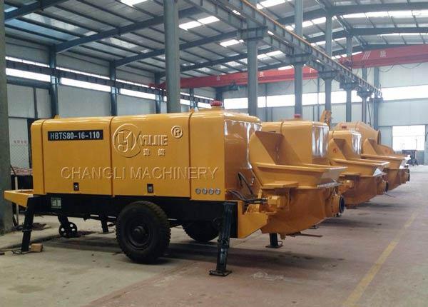 concrete trailer pump picture