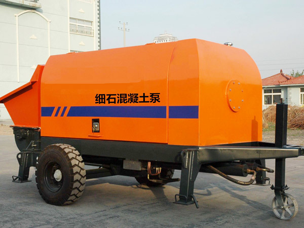 mini concrete pump machine price
