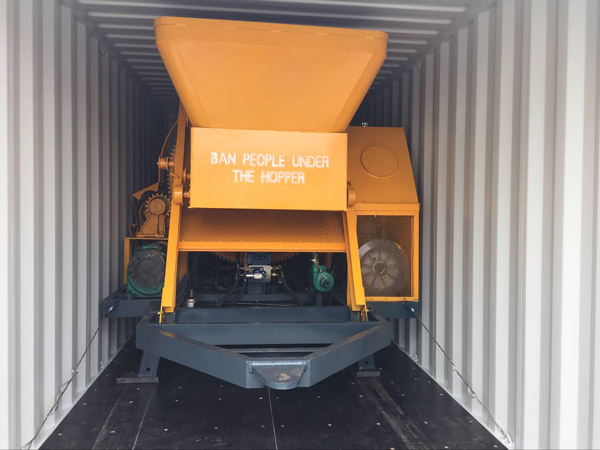 JBS electric concrete pump and mixer delivery
