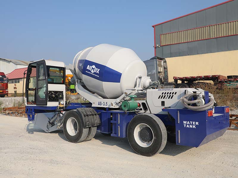 3.5 m3 self-loading concrete mixer truk