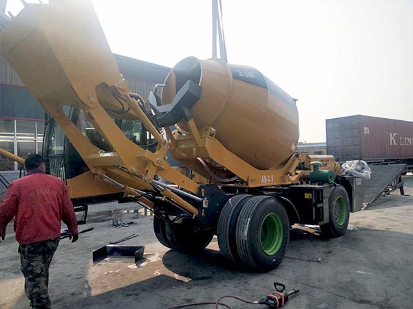 AIMIX-AS3.5B-self-loading-concrete-mixer-sent-to-Barbados-3